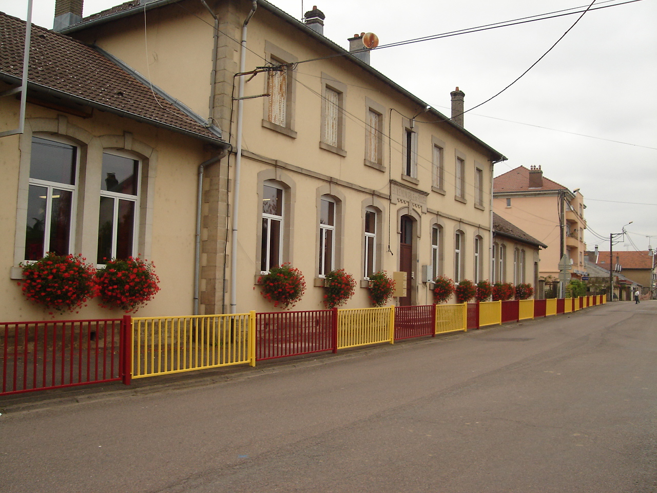 ecole-maternelle2
